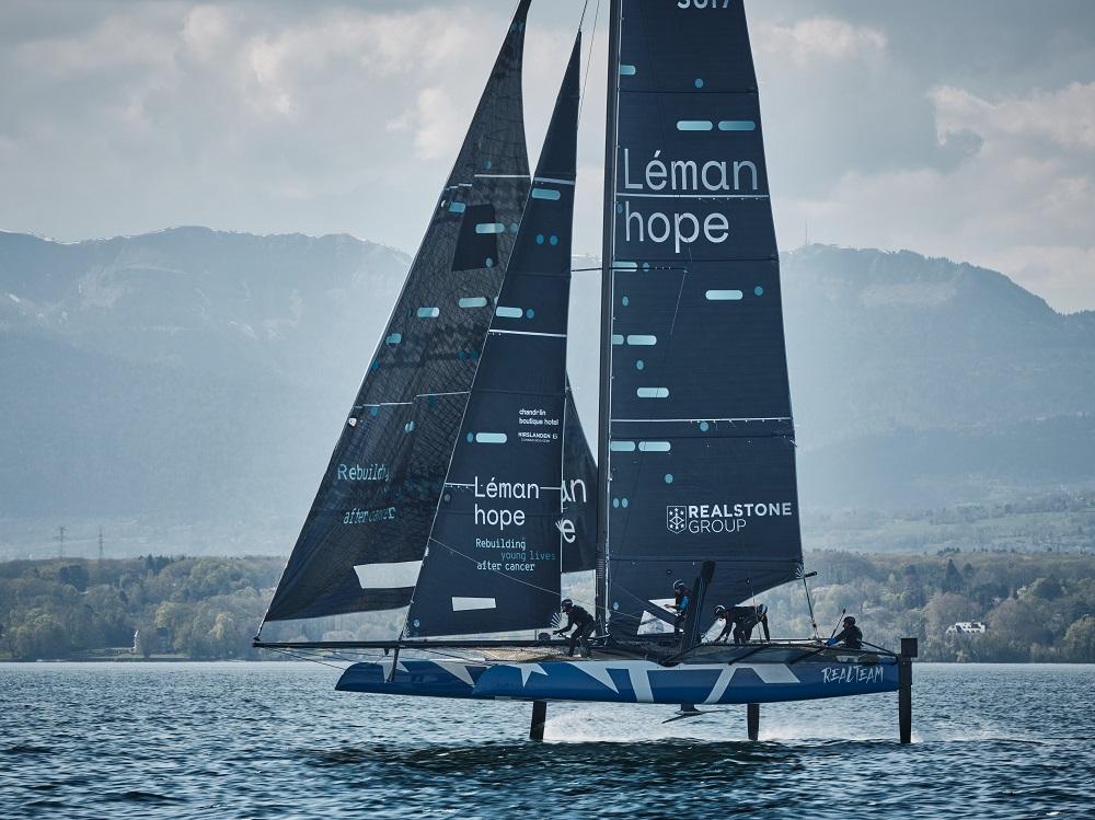 Realteam Sailing inaugure ses voiles aux couleurs de Léman hope